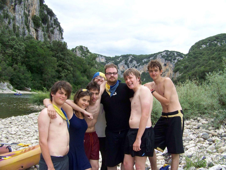 camp BAU canoe